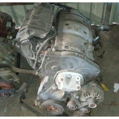 Citroen / Peugeot 1.6 16v Motor (fűzött blokk hengerfejjel)